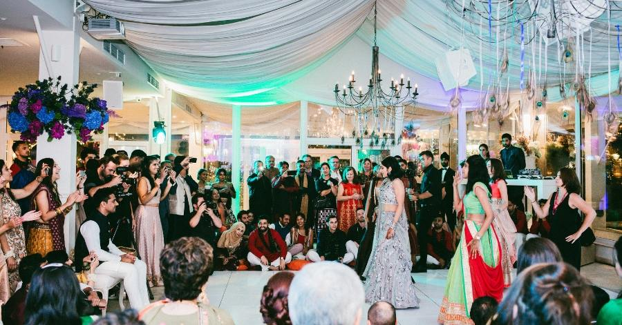 abhi-abid-wedding-traditional-ladies-dance-Sarah-Young-Events